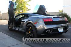 Lamborghini Diablo, Lamborghini Gallardo, Exotic Sports Cars, Exotic Cars, Vertical Doors, Up To The Sky, Door Kits, Door Hinges
