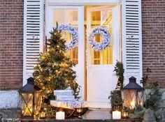 In Francia due bellissime case decorate per il Natale…