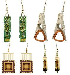 Geek jewelry: l'arte del riciclo creativo contro l'e-waste