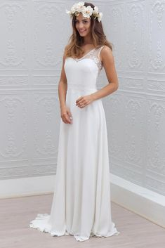 e3923078c3da 15 nejlepších obrázků z nástěnky Vintage svatební šaty Studio Agnes ...