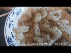 MẸO LÀM CHẢ TÔM DAI, NGON KHÔNG CẦN QUẾT, KHÔNG CẦN BỎ BỘT - YouTube Vietnamese Cuisine, Vietnamese Recipes, Shrimp Patties Recipe, Cooking, Youtube, Recipe, Kitchen, Vietnamese Food, Cuisine