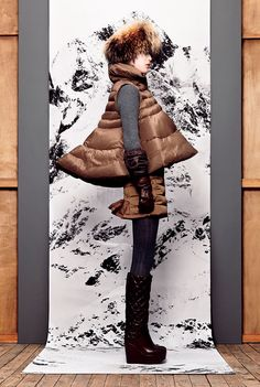 Moncler : Season FW 2012 - Moncler S Crazy good! Puffy Vest, Its Cold Outside, Winter Months, Moncler, Gq, Seasons, Cool Stuff, My Style, Fall
