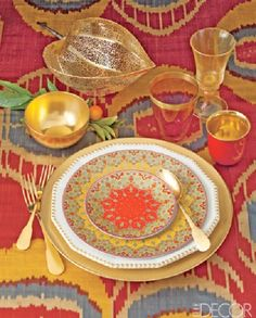 Gold in a Moroccan Table Setting: I want. To go. Now.