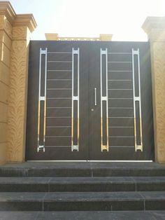 Glass Door Hinges, Metal Doors, Iron Doors, House Main Gates Design, Door Design, House Design, Steel Gate Design, Iron Gate Design, Modern Stair Railing