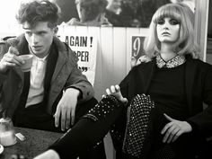 """Models Codie Young and Caterina Ravaglia photographed by Phil Poynter and styled by Sara Maino for Vogue Italia August in """"Suggestions"""". Mod Fashion, Fashion Mode, 1960s Fashion, Vintage Fashion, Vogue Fashion, Punk, Blog Inspiration, Babe, Estilo Pin Up"""