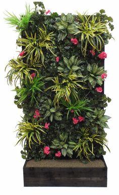 Artificial Green Wall Vertical Garden in Timber Trough