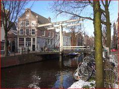 Burg in de Staalstraat over de Groenburgwal