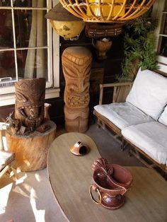 Cool Tiki Room. Ideas for the garden.