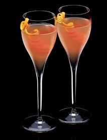 ITALIAN KISSES: 1 part DISARONNO ½ part Pomegranate juice Top with Prosecco Pour DISARONNO and pomegranate juice into each flûte, then top each with prosecco. Garnish with an orange peel.
