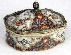 Beautiful Porcelain Box.