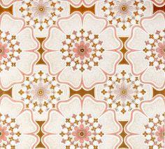 Retro wallpaper 'Tulle' from retrovilla.dk  #wallpaper #Home Decor