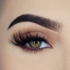 My go-to everyday eye makeup this summer @smashboxcosmetics Photo Matte Eyes…