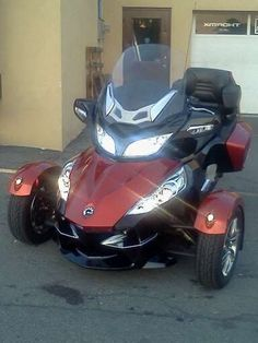 2010 Can-Am Spyder.... The only motorcycle I would ever want.