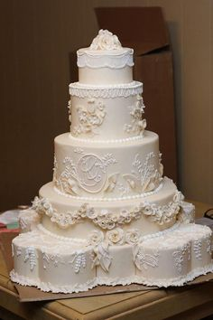 Celebrity Wedding Cakes | Created for a royal couple fan bride, she chose her…