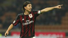 """AC Milan Spot: Montolivo to Sky: """"With Napoli we will fight! Honda? I am happy to play with him"""""""