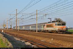 7269 SNCF BB 7200 at Monnerville Pussay Etampes, France by Patrick MEUNIER