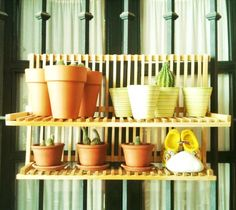 For kitchen or porch - dish drainer as pot stand