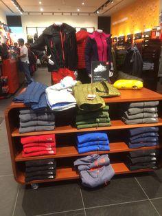 North Face - UAE - Dubai Mall - Outdoors - Clothing - Activity - Lifestyle  - Landscape - Layout - Visual Merchandising - www.clearretailgroup.eu 7196ba246