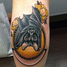 Ultimate List of Halloween Tattoos Body Art Tattoos, Sleeve Tattoos, Bat Tattoos, Tatoos, Tattoo Art, Backpiece Tattoo, Piercings, Henna, Spooky Tattoos