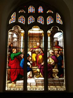 Description: Cambridge, England: Peterhouse: chapel stained glass window, St Paul before Felix (1850s, overall design by Max Emanuel Ainmiller, figures largely work of Claudius Schraudolph and Heinrich von Hess, Royal School of Glass Painting, Munich)