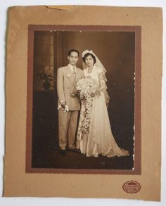 India 1952s Vintage Photo Christian Marred Couple mounted on cardbord #p35