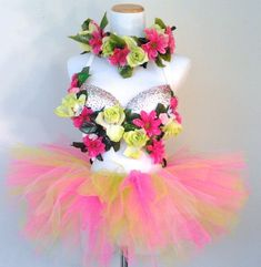 Pink & Green Blossom Rave Bra / EDC Outfit from PlurAngelCollection on Etsy. Saved to The Plur Angel Collection. Festival Costumes, Festival Outfits, Fun Costumes, Fairy Costumes, Dance Costumes, Festival Fashion, Costume Ideas, Electric Daisy Carnival, Edm