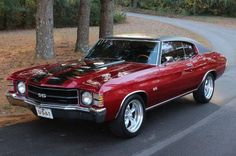 """The very popular Camrao A favorite for car collectors. The Muscle Car History Back in the and the American car manufacturers diversified their automobile lines with high performance vehicles which came to be known as """"Muscle Cars. Chevrolet Malibu, Chevrolet Chevelle, 1971 Chevelle, Chevrolet 2017, Camaro Ss, Ford Mustang, Mustang Boss, Gp Moto, Hot Rods"""