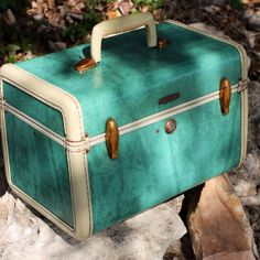Turquoise Samsonite Train Case (Circa 1950s) - Awesome Color and Condition