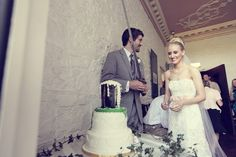 Sometimes you need a sword to cut the wedding cake. Traditional Irish set up for this couple who travelled from the USA to the West Coast of Ireland to get married. Wedding Advice, Post Wedding, Wedding Couples, Fall Wedding, Celtic Wedding, Irish Wedding, Got Married, Getting Married, Wedding Planner