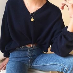 "Polubienia: 875, komentarze: 2 – Goodshop Badshop (@gs__bs) na Instagramie: ""BOTH SOLD Vintage midnight L.L. Bean 100% lambswool v-neck sweater, best fits xs-l. $38 + shipping.…"""