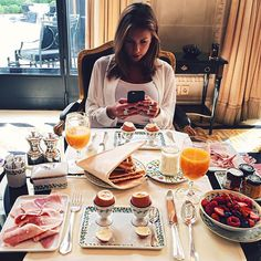 Breakfast with @DevinBrugman