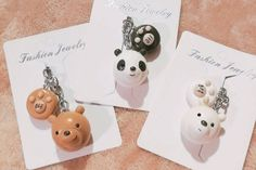 Discover recipes, home ideas, style inspiration and other ideas to try. Polymer Clay Ornaments, Polymer Clay Charms, Polymer Clay Jewelry, Diy Gifts For Girlfriend, Birthday Gifts For Best Friend, Crea Fimo, Fimo Clay, Anime Friendship, Bear Decor