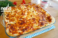 Fırın Makarna (Bol soslu videolu tarif) - Nefis Yemek Tarifleri Best Appetizer Recipes, Best Appetizers, Turkish Kitchen, Iftar, Hamburger, Food And Drink, Pizza, Cheese, Cooking