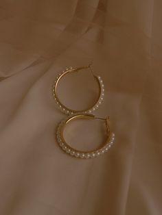 Emerald Earrings / Emerald / Emerald Cut Halo Earrings in Gold / Emerald Earrings Studs / Natural Emerald Earrings / Green Emerald - Fine Jewelry Ideas Ear Jewelry, Cute Jewelry, Gold Jewelry, Jewelry Accessories, Jewelry Design, Jewelry Box, Sister Jewelry, Jewelry Chest, Jewelry Displays