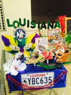 My daughter's 5th grade State Project.. Louisiana float! Turned out pretty cool!