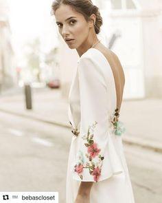 Muy fan de la nueva colección de novia @bebascloset �������� #martasevent #nuncadejesdesoñar #siquiero #sigueme #megusta #1500 #2000 #instaboda #instagrammers #blogger #blogbodas #buenosdias #Repost @bebascloset (@get_repost) ・・・ Flower embroideries for sunny days // Bordados de flores para días de sol y primavera.  Foto @pipi_hormaechea Joyas @beatrizpalacios_jewelry Peluquería y maquillaje @reginacapdevila  #memoriesofmadridbb #madrid #novia #boda #vestidodenovia #bebascloset #bebasbrides…
