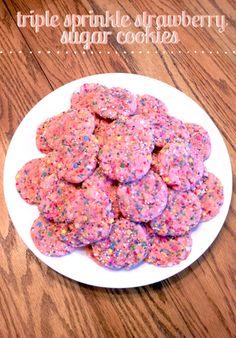 'Like' to vote for Lindsay's Sweet Vanilla Bean Triple Sprinkle Strawberry Sugar Cookies! Similar to: http://www.scatteredthoughtsofacraftymom.com/2011/08/strawberry-cake-mix-cookies-with.html  #HSPinParty