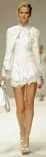 for the runway it is perfect- for real life just a little longer! Score 8 out of 10! Dolce & Gabbana