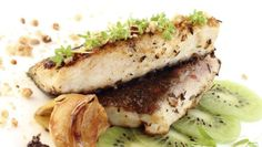 Kapor s rascou Salmon Burgers, Sandwiches, Ethnic Recipes, Food, Essen, Meals, Paninis, Yemek, Eten