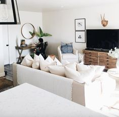 Home Tour- Michelle Janeen Bright White California Home Coastal Living Rooms, Living Room On A Budget, Home Living Room, Living Room Decor, Living Spaces, Cottage Living, Coastal Cottage, California Home Decor, California Homes