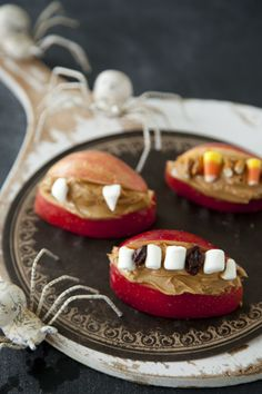 Ghoulish Grins Fall Recipes, New Recipes, Cooking Recipes, Favorite Recipes, Pizza Recipes, Halloween Food For Party, Halloween Treats, Halloween Foods, Halloween 2013