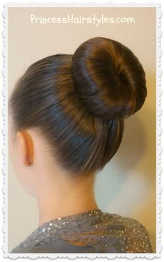 - The Perfect Dance Bun and No-Heat Curls Tutorial Easy dance bun hairstyle tutorial. Great for ballet, figure skating, gymnastics, etc. Donut Bun Hairstyles, Bun Hairstyles For Long Hair, Updo Hairstyle, Wedding Hairstyles, Dance Hair Buns, Ballerina Bun Tutorial, Dance Competition Hair, Ballet Hairstyles, Princess Hairstyles