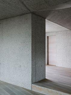 Manfred Lux - Architect's own home,Schlipsheim 2014. Photos (C) Jens Weber.