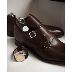 Men Brown Double Monk Brogue Genuine Leather Shoes Description: Below are the main features of the product - Genuine Leather- Handmade Brown Leather Shoes- Beautiful Brown leather Double Monk Strap Style- High Quality Premium Leather Shoes Men Dress, Dress Shoes, Dress Clothes, Gentleman Shoes, Gentleman Fashion, Mode Shoes, Fashion Shoes, Mens Fashion, Brown Leather Shoes