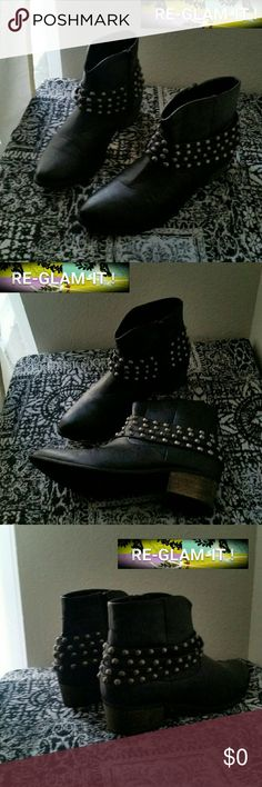 YOKI .FINAL PRICE...BEAUTIFUL STUD...ANKLE BOOTS ..ADDING INFO SOON..EXCELLENT CONDITION  ..NORMAL WEAR. ...NO FLAWS. .. ..STUDS..WEAR ...SILVER GRAY.. Yoki Shoes Ankle Boots & Booties