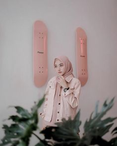 best ideas for fashion casual girl stylists Modern Hijab Fashion, Street Hijab Fashion, Muslim Fashion, Trendy Fashion, Hijab Casual, Hijab Chic, Beautiful Hijab Girl, Hijab Stile, Hijab Trends