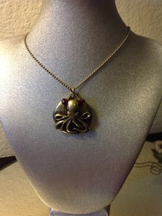 Octopus+locket+or+oil+diffuser+necklace+by+LidyangelsBoutique