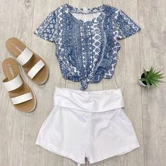 """FASHION  AVE on Instagram: """"Luna print top $9.99, Flex Me shorts $6.99, Occupy sandals $16.99 💕 available online #shortshorts #shopsmallbusiness #shopsmall…"""""""