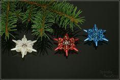 One new Snowflake Christmas Ornament design per day next week.     Jeden nový vzor sněhové vločky denně - vánoční ozdoby z korálků každý  ...