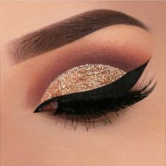 Pageant and Prom Makeup Inspiration. Find more beautiful makeup looks with Pagea… Pageant and Prom Makeup Inspiration. Find more beautiful makeup looks with Pageant Planet. Makeup Goals, Makeup Inspo, Beauty Makeup, Eye Makeup, Makeup Ideas, Makeup Style, Makeup Geek, Makeup Trends, Pageant Makeup
